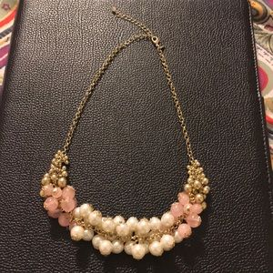 Jewelry - Faux pearl pink and white necklace